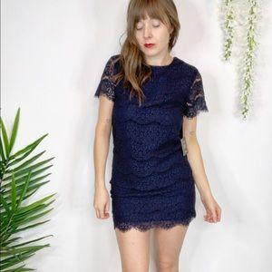 NWT LULU'S lace sheath dress navy